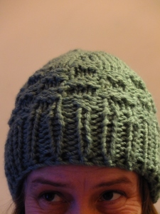 Da big fat chunky hat (knitted top down, in the round, using 2 strands of aran yarn on 8mm dpn's)