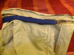 attaching elastic to waistband facing