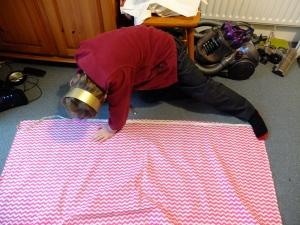 measuring the skirt.